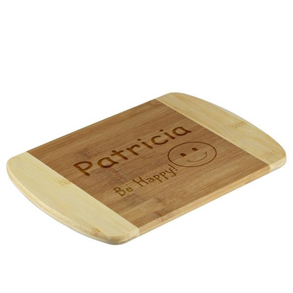 Schneidebrett aus Holz personalisiert graviert